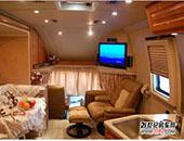 凌锐自行式C型福特F550房车-2011上海车展房车露营展团