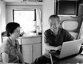退休夫妇驾房车游历国内15省 梦想环游世界
