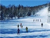 塞北滑雪场户外装备冬季大体验