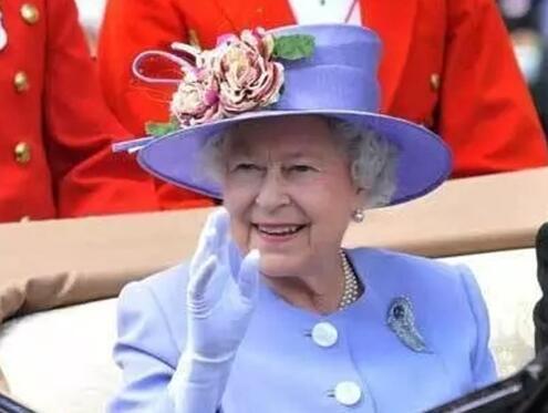 老约翰优发国际欧洲行 女王和她的卫兵不得不说的故事