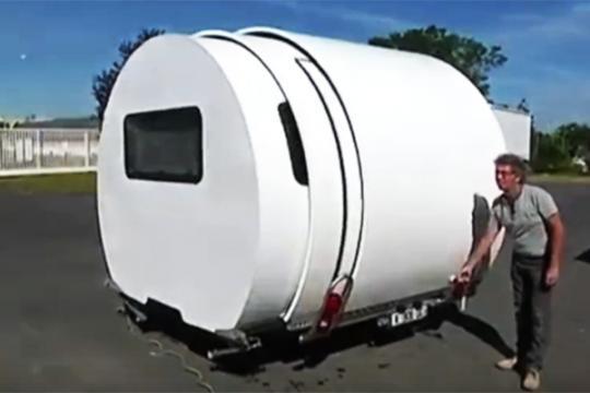可伸缩的房车 空间瞬间变大三倍