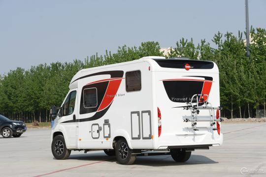 房车家族王续东聊房车 宾仕盾 Travel Van t590G