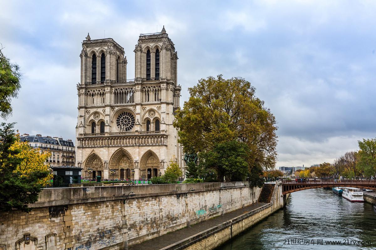 """""""巴黎圣母院""""为智能对象-1.jpg"""