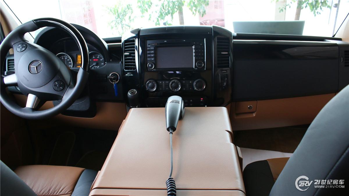尊绅S800驾驶舱