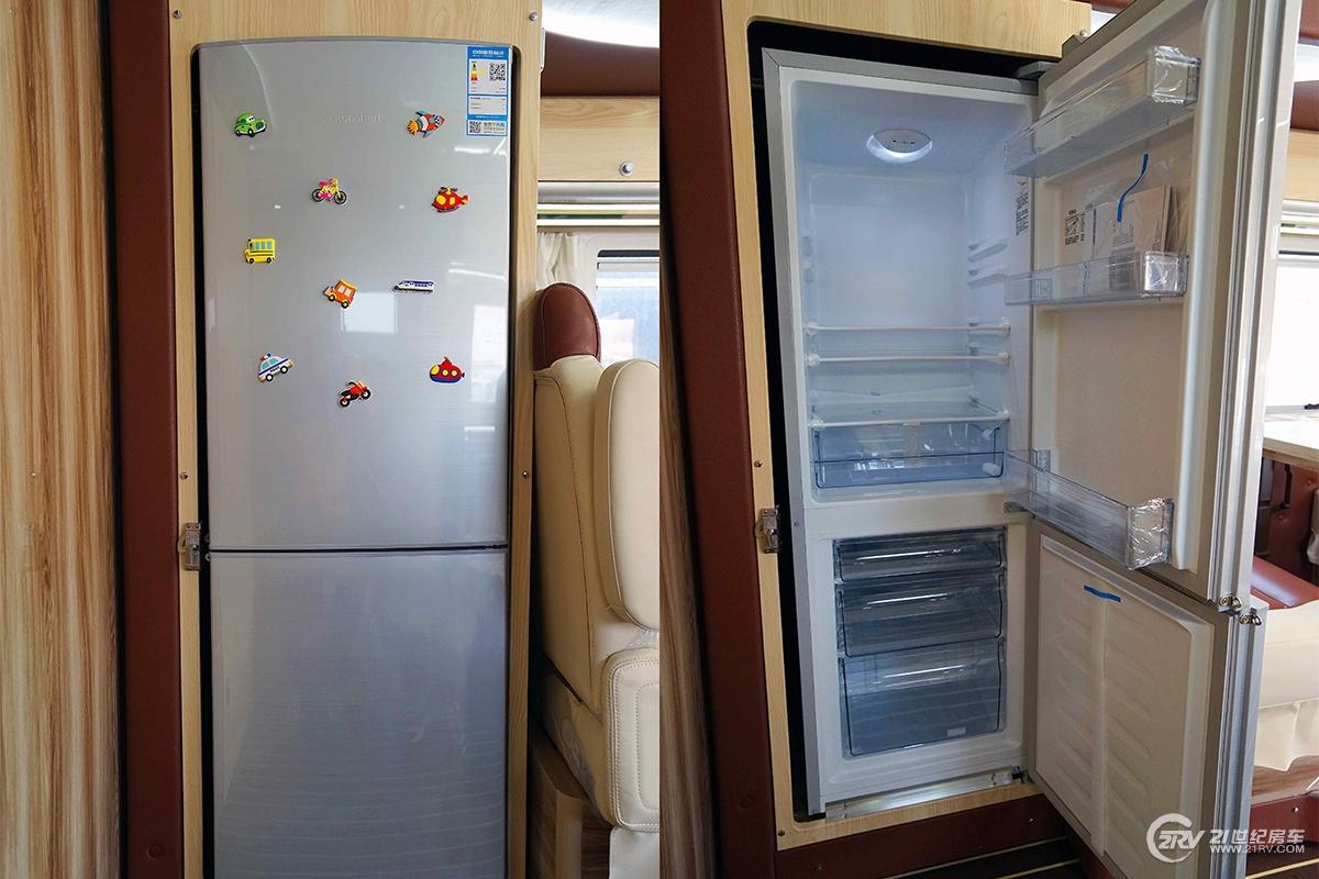 中意逸致单拓展 双冰箱.jpg