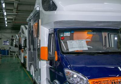 旌航房车成国内首家开放工厂旅游的房车生产企业