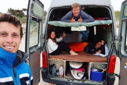 法国五口之家房车旅行20年 爱旅行爱到停不下来