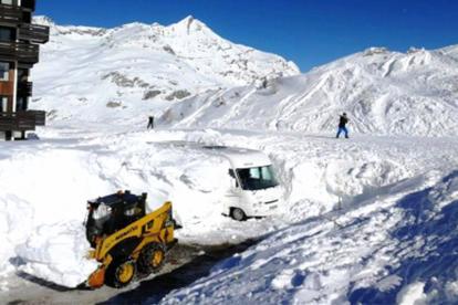阿尔卑斯山暴风雪被困尊宝娱乐 近日被成功救出