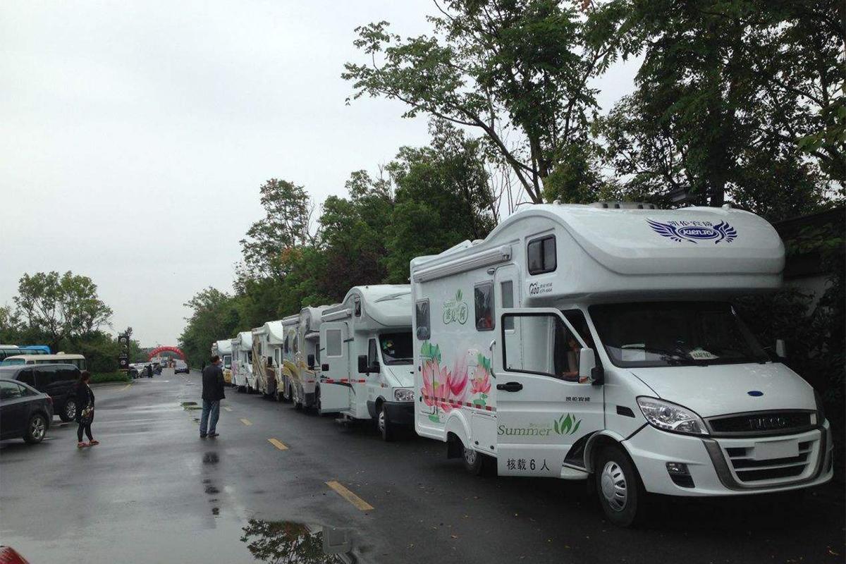 万台房车的订单 宇通房车与香港摩天集团签约启动