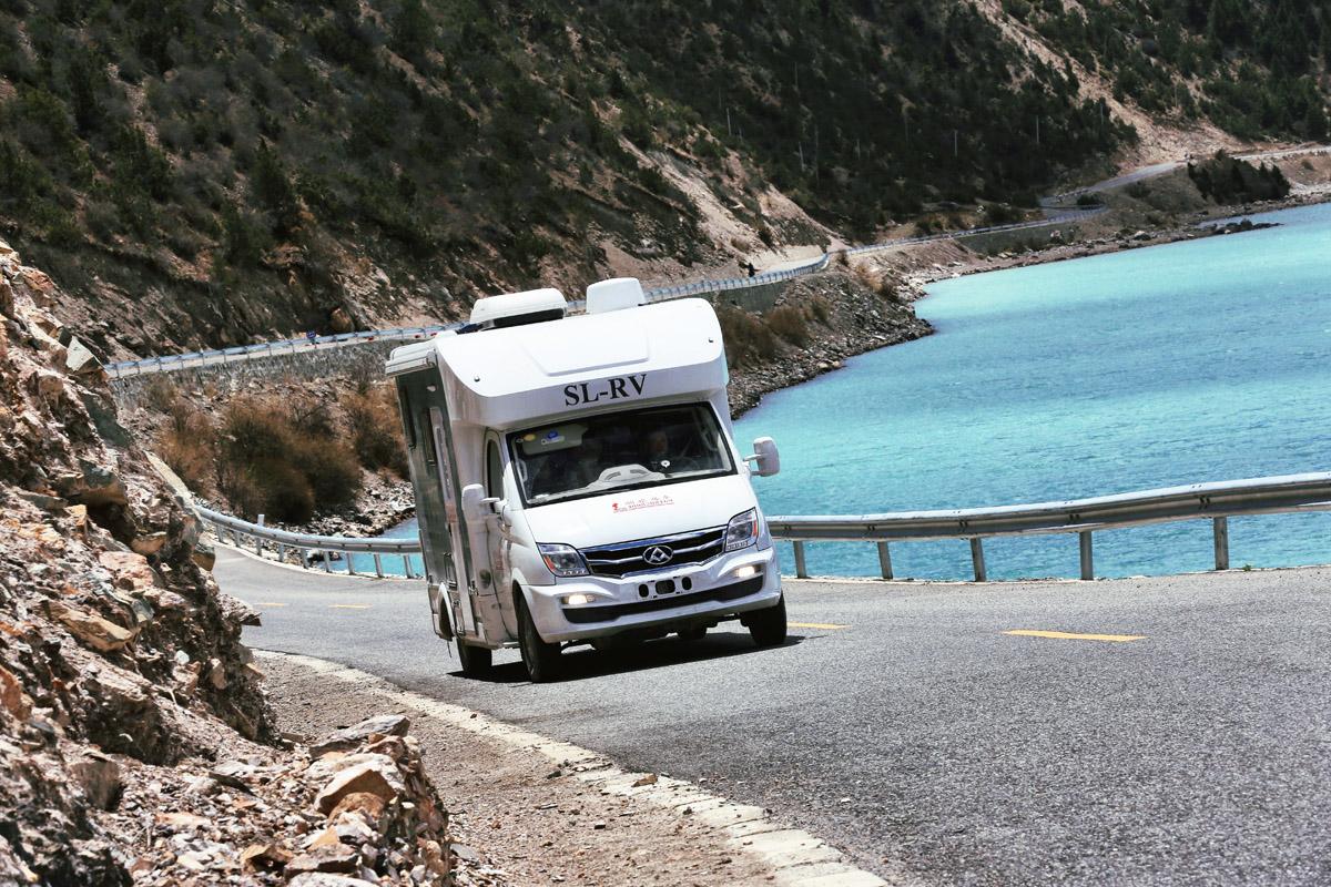 百公里油耗仅10.9升 顺旅大通C型优发国际西藏行驾驶感受分享