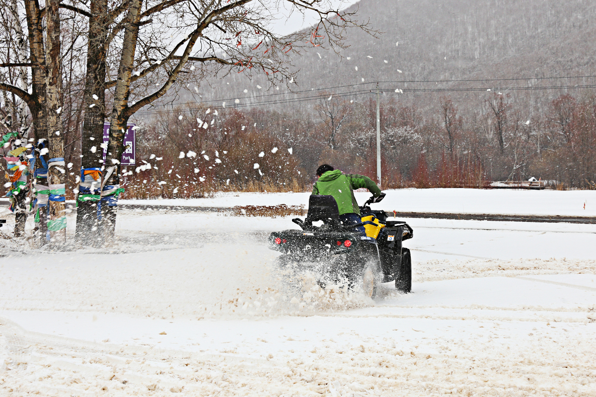 阿尔山雪地救援 续东40公里走单骑 房车家族亚欧之旅 北京-满洲里(3)