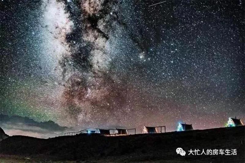 在距离星星最近的地方露营 大忙人的房车游记(十三)
