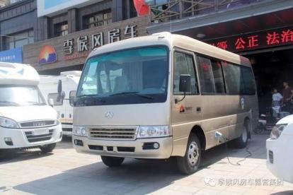 【团购车型】B型车里空间最大,两种布局都能6座6卧——江铃罗莎房车