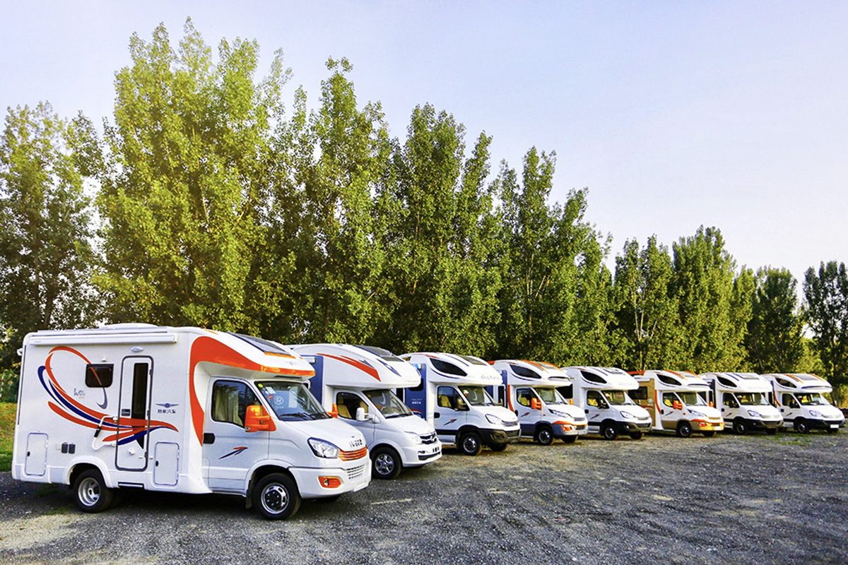 宜商宜旅或是多人聚会都能满足 旌航房车9款车型如何选择?