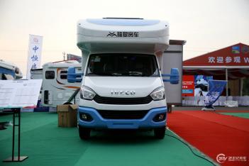 49.8万起售 隆翠2款房车正式亮相北京房车露营展