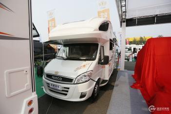 铁程新款房车于北京房车露营展正式发布