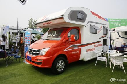 售价35.8万 亚特6周年纪念版于北京房车露营展正式发布