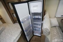 房车核心配置解读(4):赛特福德T1152房车冰箱实拍