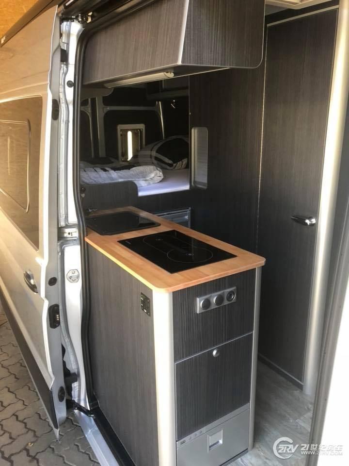 nordvan-crafter-camper-van-18.jpg