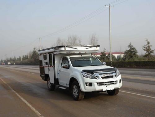 采用升降顶设计 春田五十铃D-MAX单排皮卡房车亮相工信部