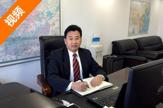 中国汽车工业协会房车委员会秘书长房德和先生向全国人民拜年!
