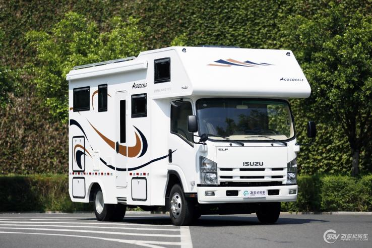 最低32.8万不到6米车内空间超大 三款平头C型房车推荐
