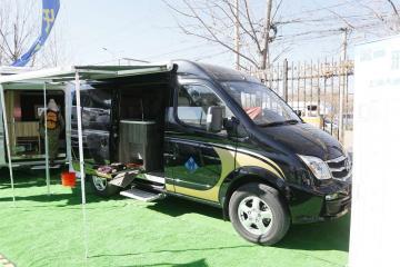 雅升-大通V80