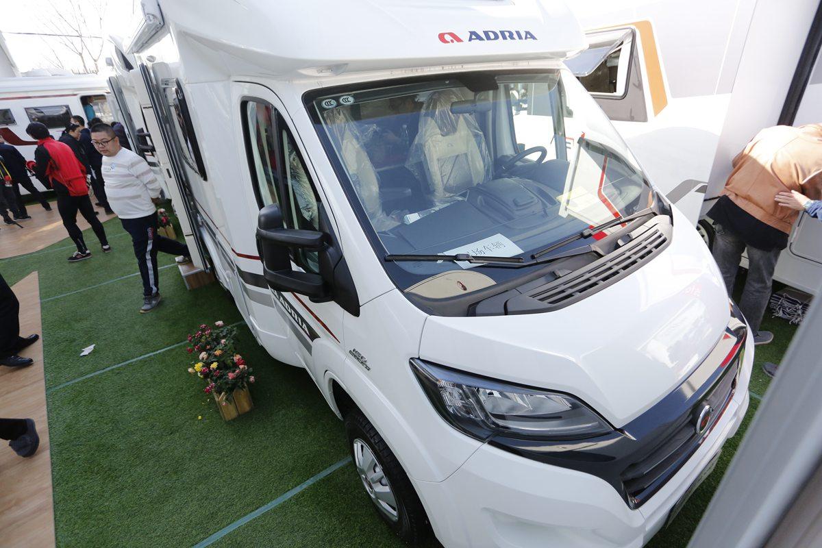 售价109万元 阿迪雅COMPACT系列两款C型房车亮相房车展
