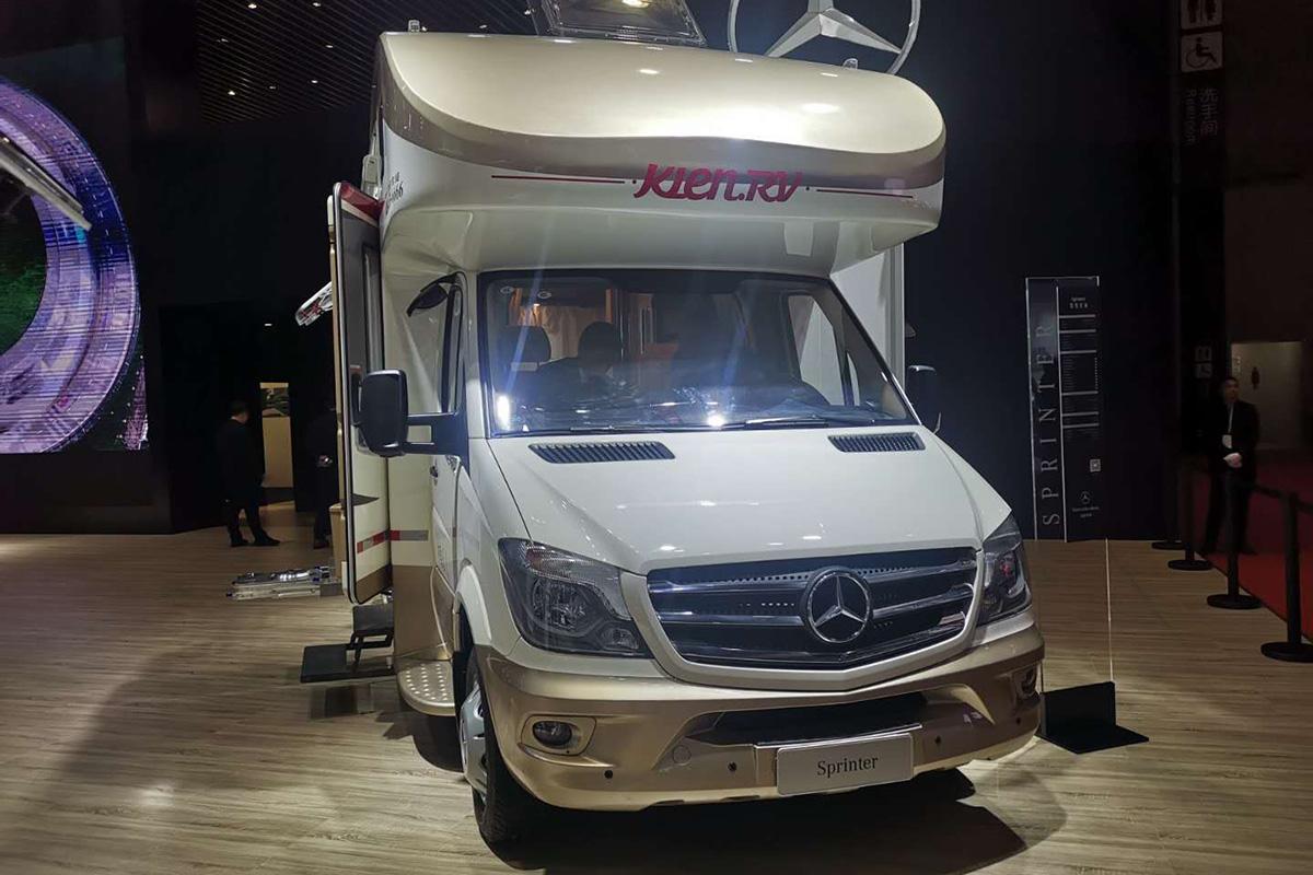 第18届上海国际汽车工业展览会 凯伦宾威奔驰房车亮相车展