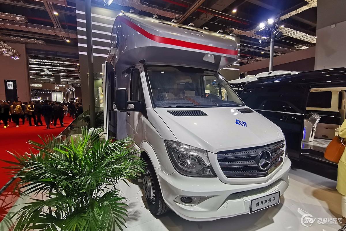 第18届上海国际汽车工业展览会 雅升奔驰房车亮相车展