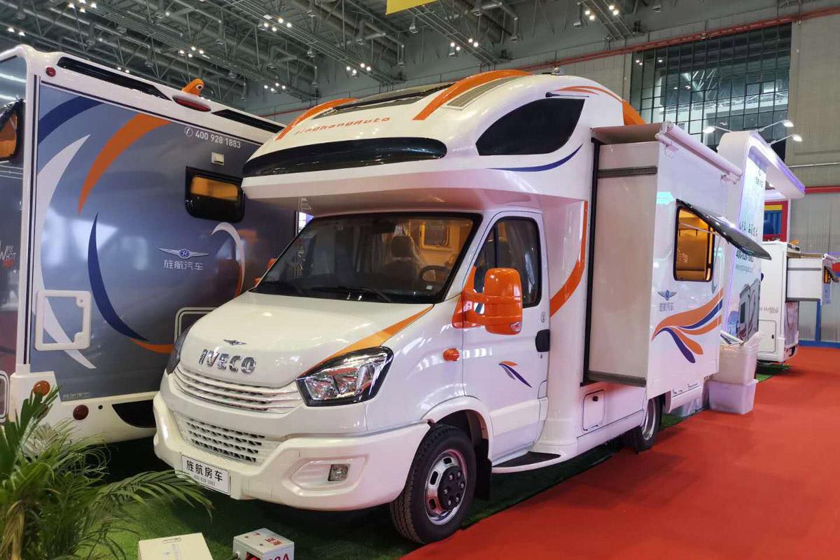 第18届上海国际汽车工业展览会 旌航房车6辆参展车型