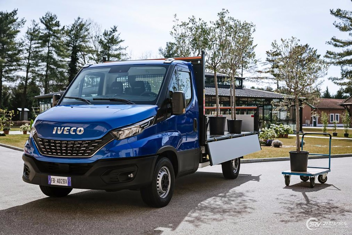iveco_newdaily_cab-tipper-4.jpg