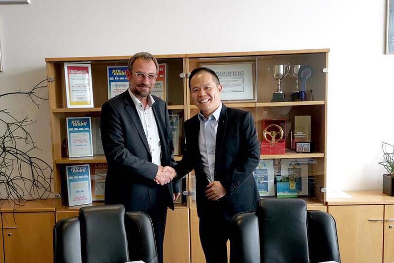 进军欧洲市场 新吉奥集团与HOBBY房车签署战略合作协议