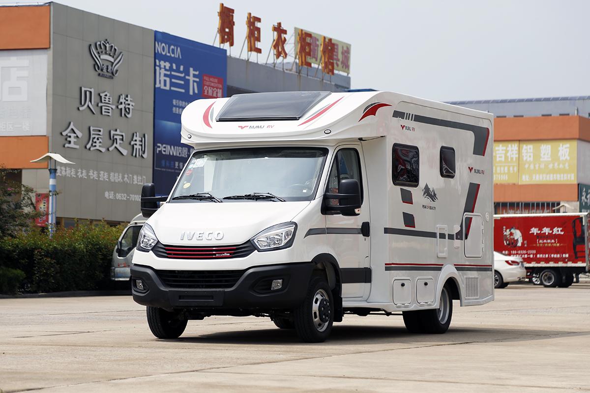 售39.98万元 美景美家发布小额头依维柯自动挡房车