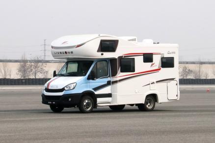 三重惊喜!览众塞拉维C型房车全国联购正在进行