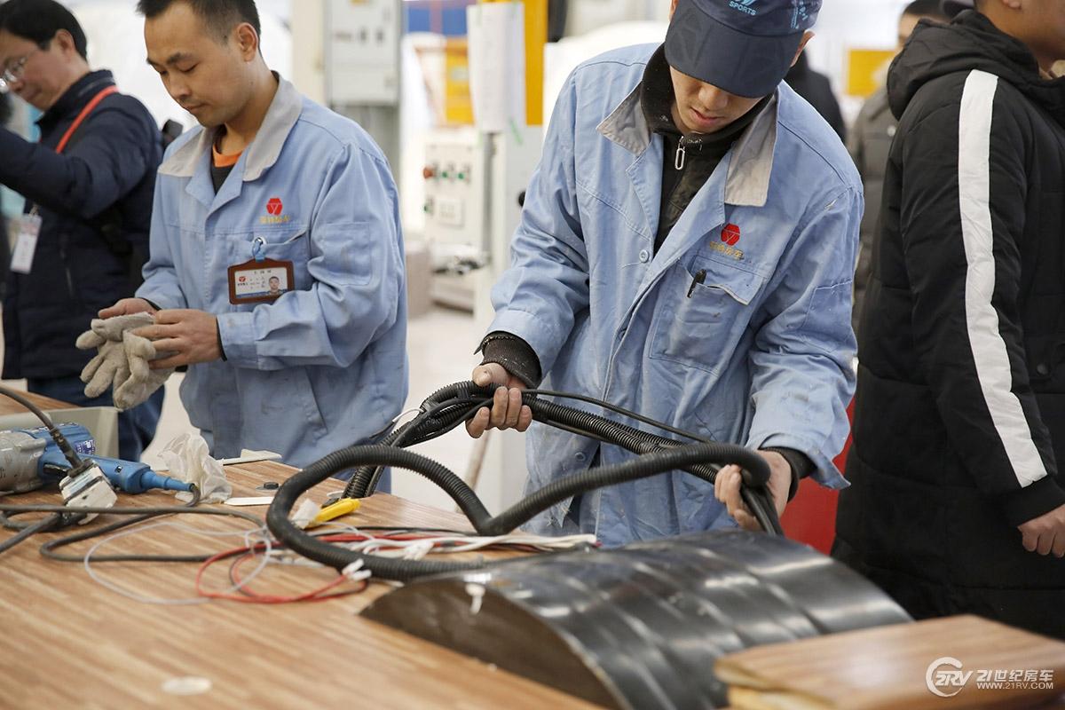 21RV看车团报名:12月12日我们一起走进亚特房车工厂