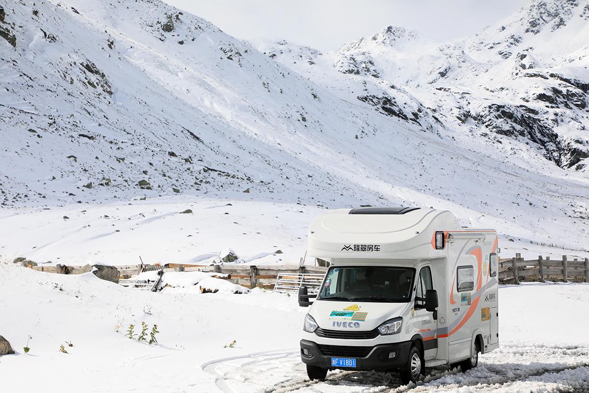 开房车翻雪山 德国-瑞士房车房车自驾游(3)