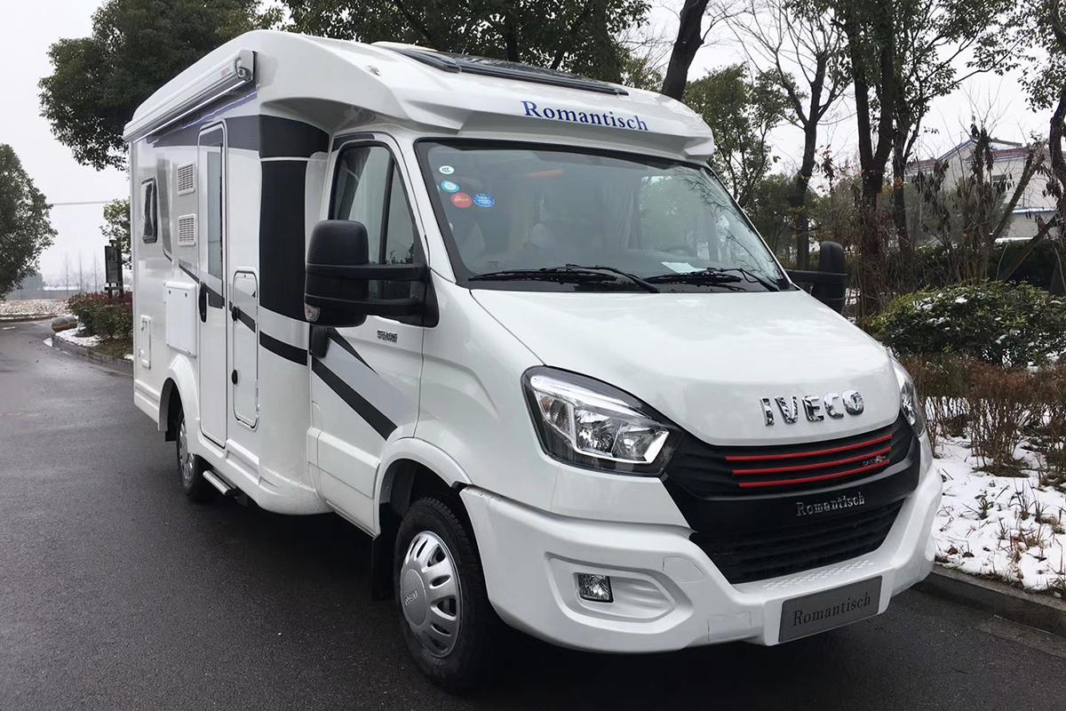 43.8万元 罗曼特斯T2大纵床版房车正式发布