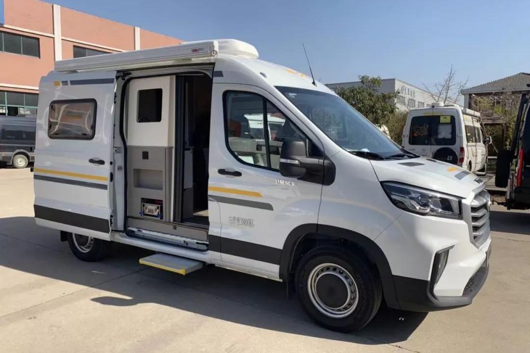 卫航MAXUS V90 B型房车下线 售价32.8万元起