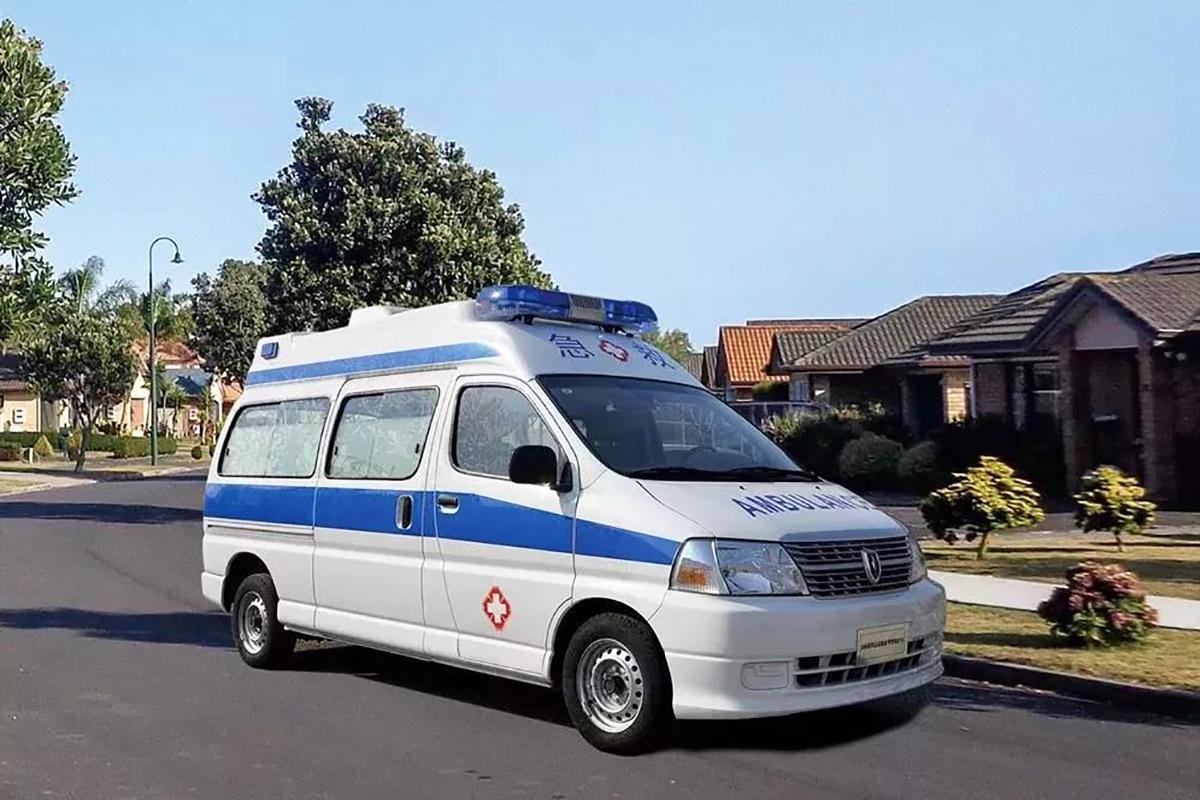 华晨集团紧急动员生产救护车 驰援防疫一线