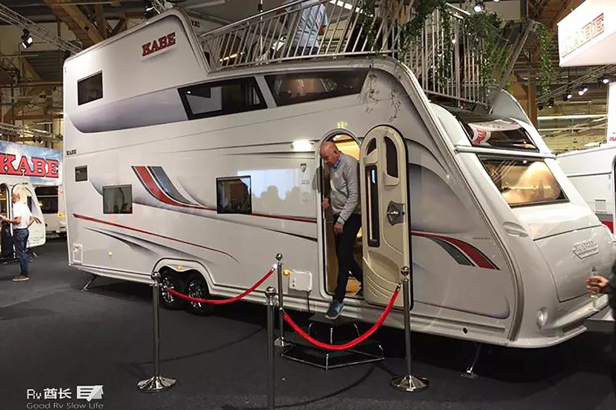 欧洲最大拖挂 高4米且带露台的双层KABE卡贝拖挂房车