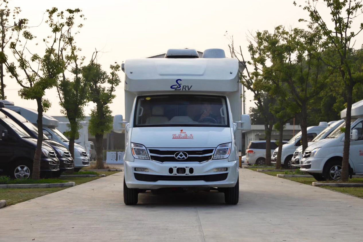 2.5T柴油涡轮+6AMT变速箱梦幻组合 顺旅蓝精灵T型房车43.8万起售