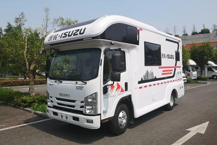 超大内部空间及超性价比 五十铃KV100房车标准版团购价只要31万8