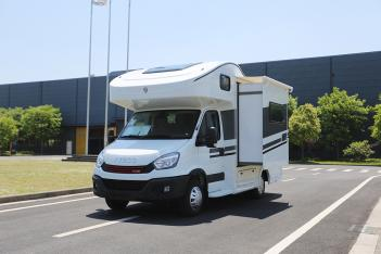 注重内在美会客区可灵活运用 隆翠DF-02D房车52.8万元起售