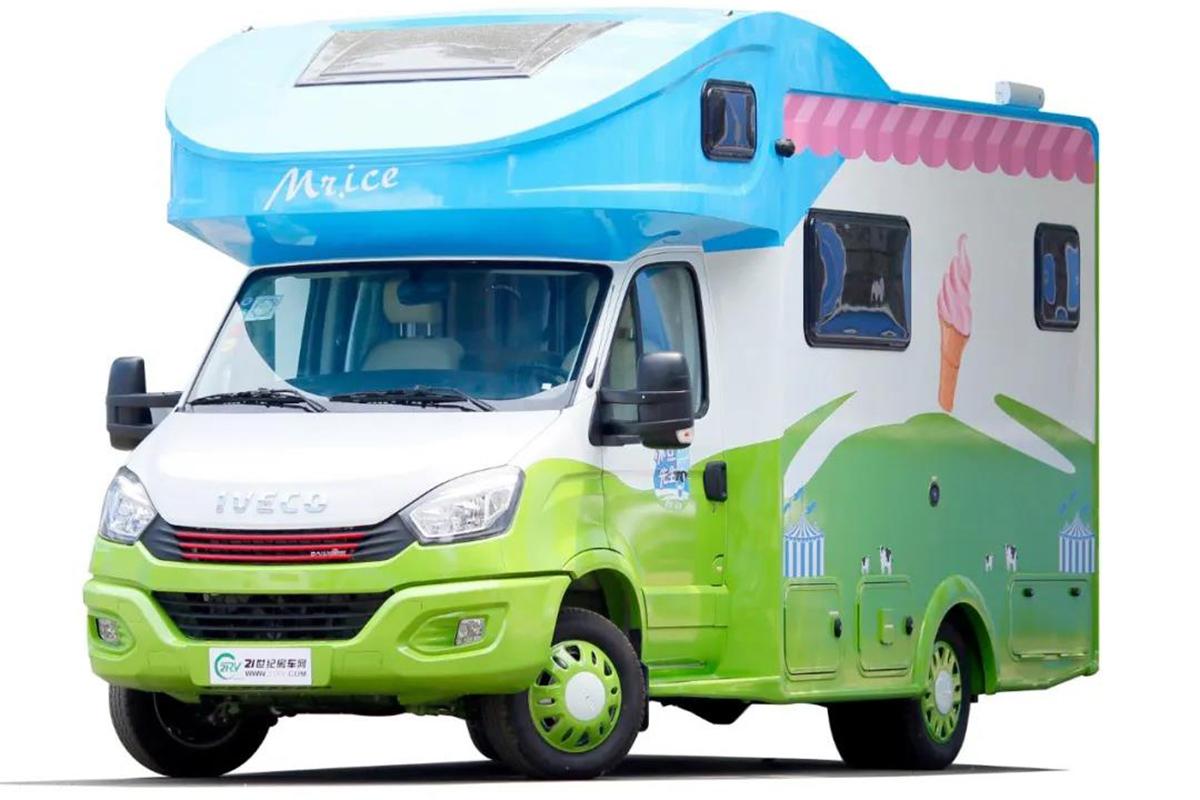 街边地摊文化兴起 赛德房车与冰点先生合力打造冰淇淋房车