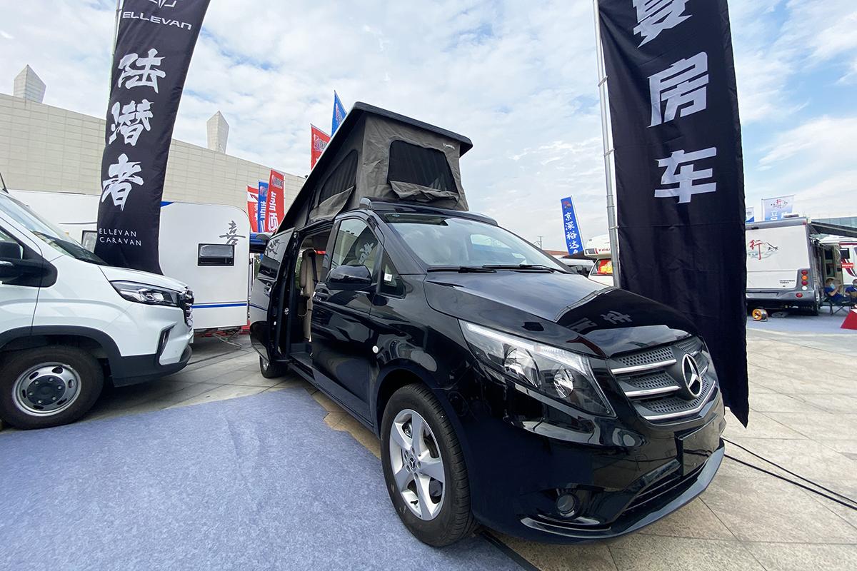 49.8万起售中大型MPV有佐料 景宴睿537旅居车成都购车节首发