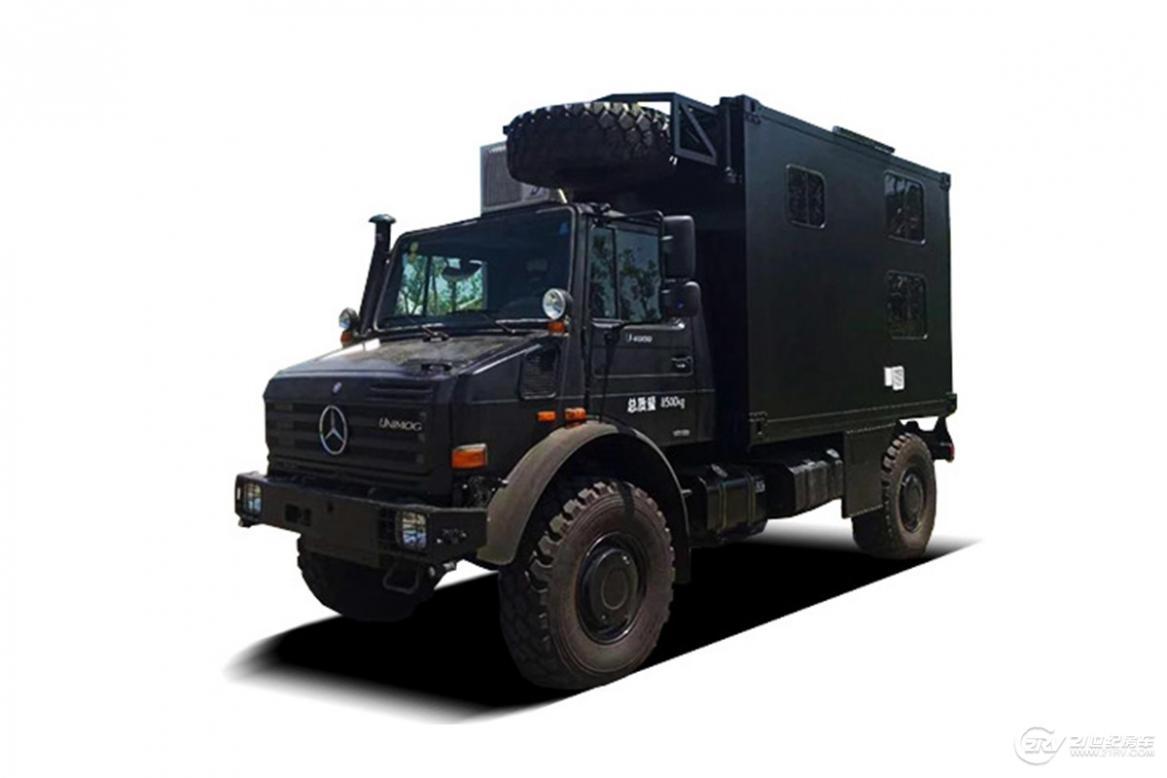 卫航房车-奔驰-2018款乌尼莫克越野房车