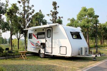 8月14-16日南京房车博览会:小绵羊两款拖挂参展