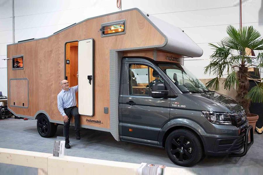 设计理念有调性!这家德国品牌造了一款全实木环保房车