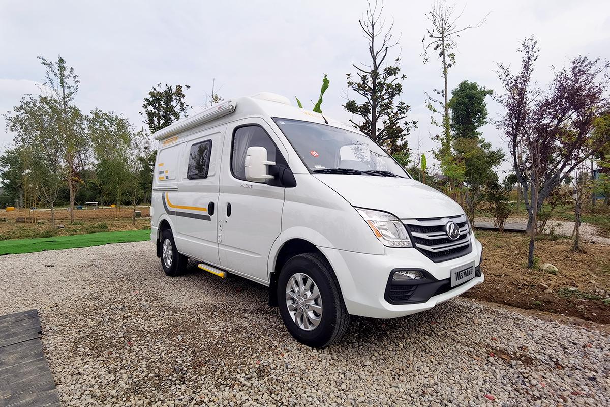 驾驭轻松/动力成熟 卫航V500房车后横床版25.8万起售